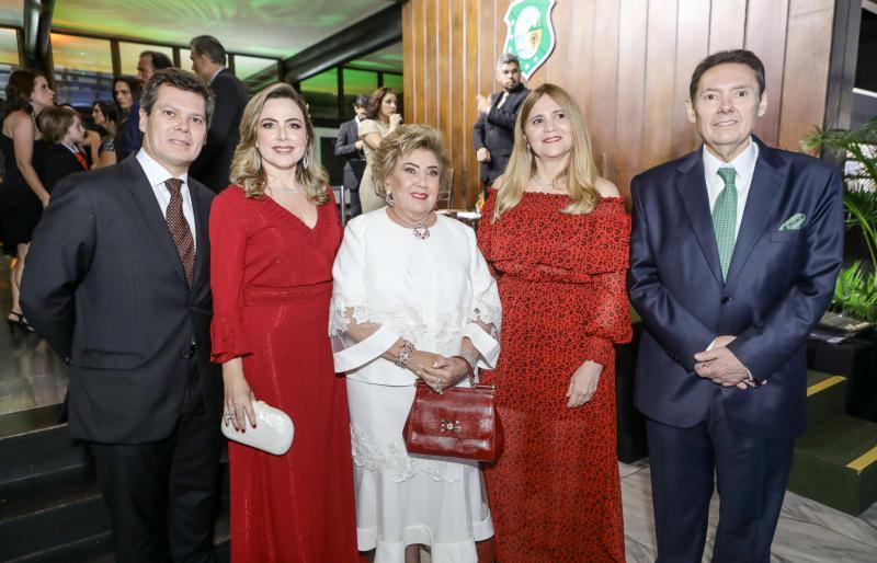 Claudio, Suyane, Consuelo, Morgana e Ivens Dias Branco