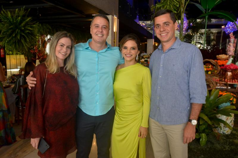 Riana Aguiar, Fabricio e Viviane Martins e Alberto Aguiar
