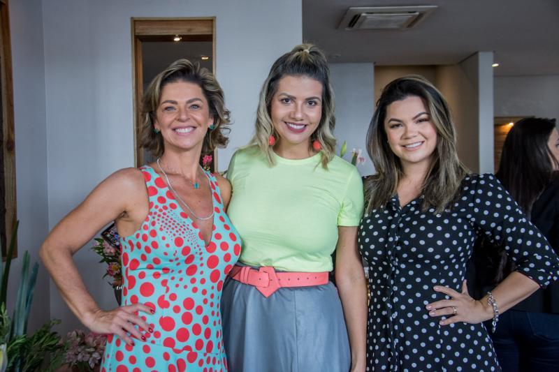 Ana Cristina Wolf, Anelisa Barreira e Dani Brandao
