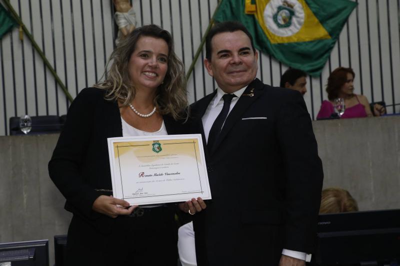 Renata Vasconcelos e Walker Santiago