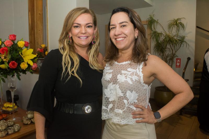 Silvania Bayde e Samela Martins