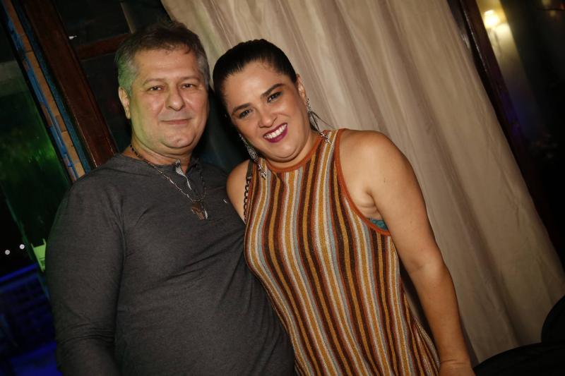 Carlos e Karoline Benevides