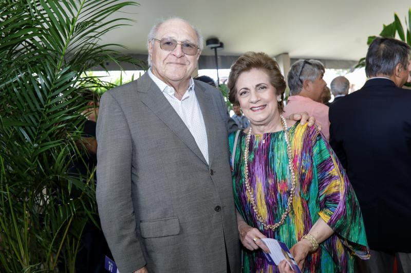 Luis e Claudia Marques