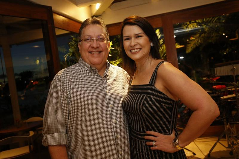 Valdomiro Filho e Paula Castro
