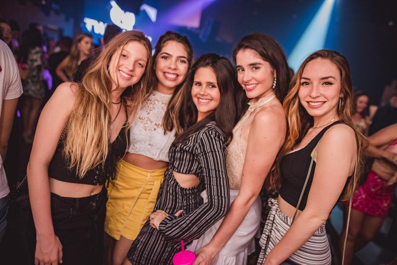 Marilia Pinheiro, Luana Ximenes, Vania Marques, Estela Valente e Barbara Castelo