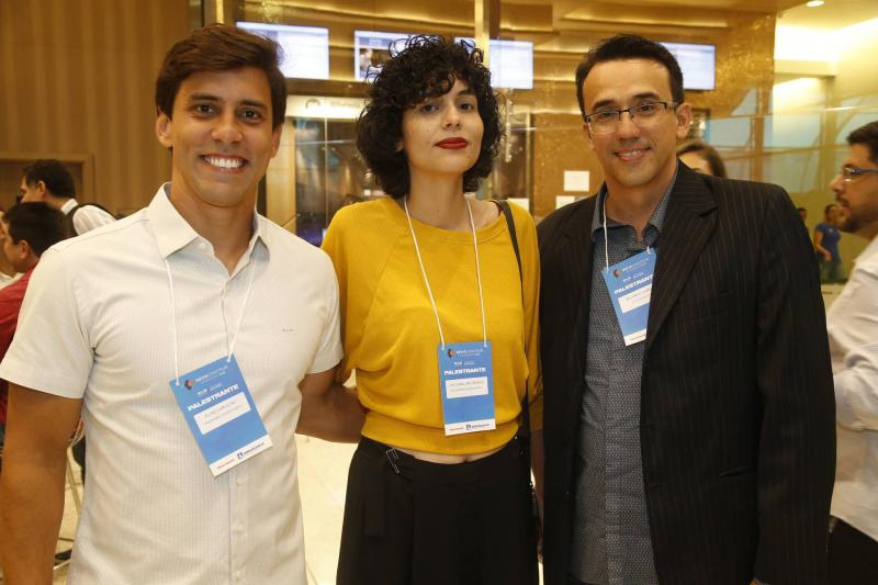 Filipe Carvalho, Ana Carolina Aragao e Eduardo Cabral
