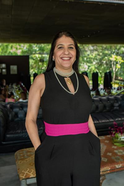 Elisa Oliveira