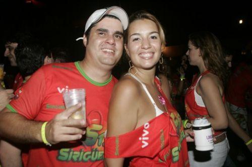 Bebeto Martins e Lili Carneiro