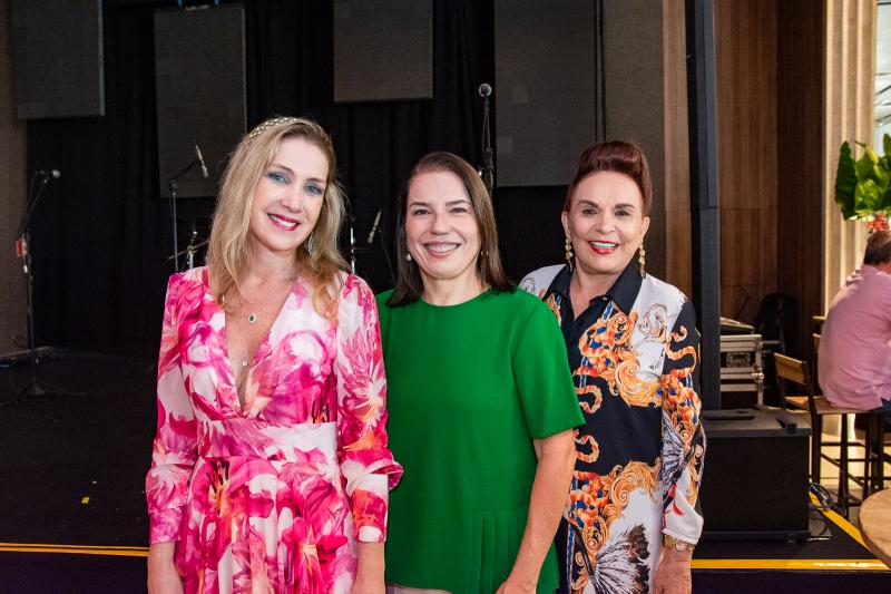 Marjorie Marshal, Denise Bezerra e Simone