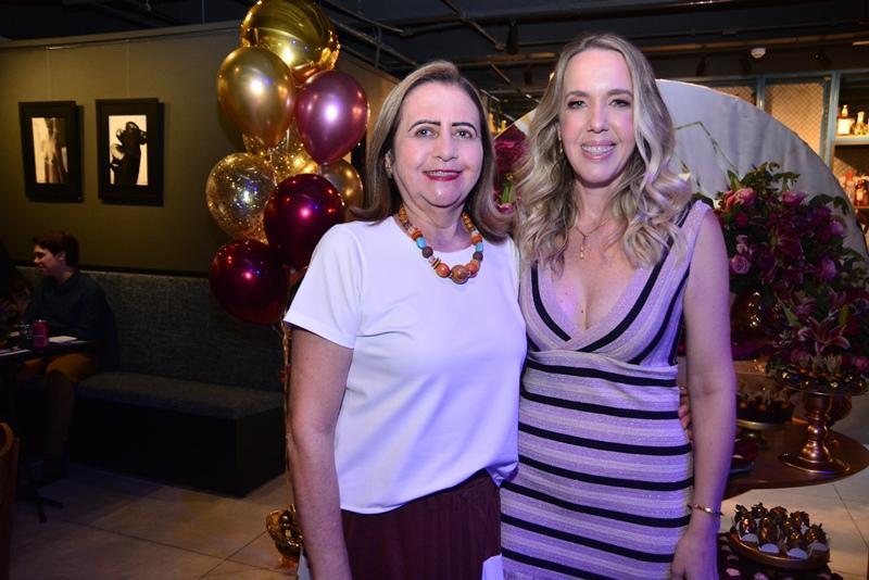 Maria Jose Santana e Erika Figueiredo
