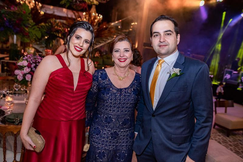 Ivina, Silvia Baquit e Leonardo Bastos