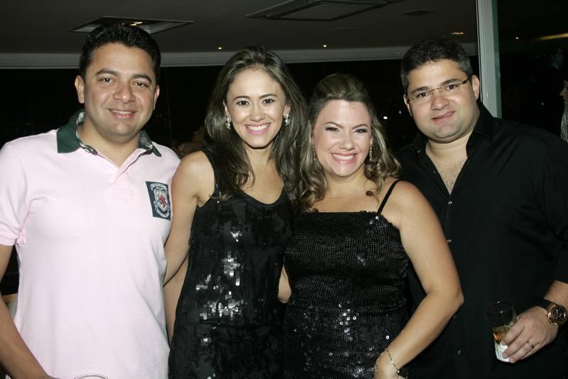 William e Mirela Bezerra, Vanessa e Mario Queiros