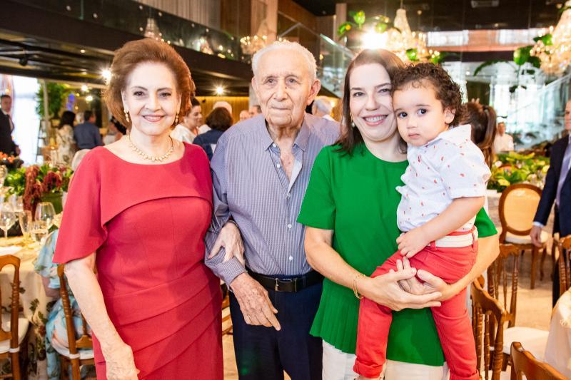 Norma, Humberto, Denise e Bento Bezerra