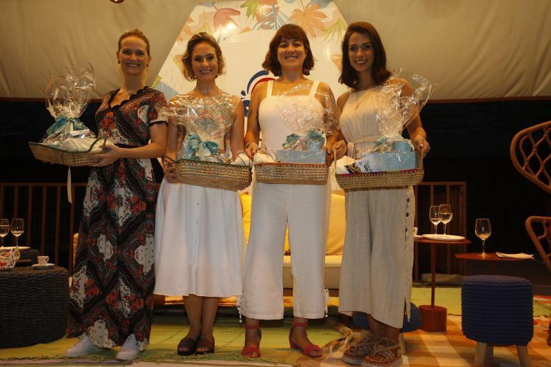 Fernanda Rodrigues, Shirley Hilgert, Helen Ramos e Ingrid Machado 2