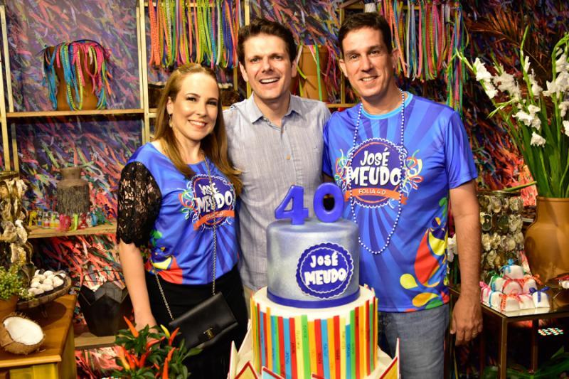 Roberta Prado, Jose Meudo e Tom Prado