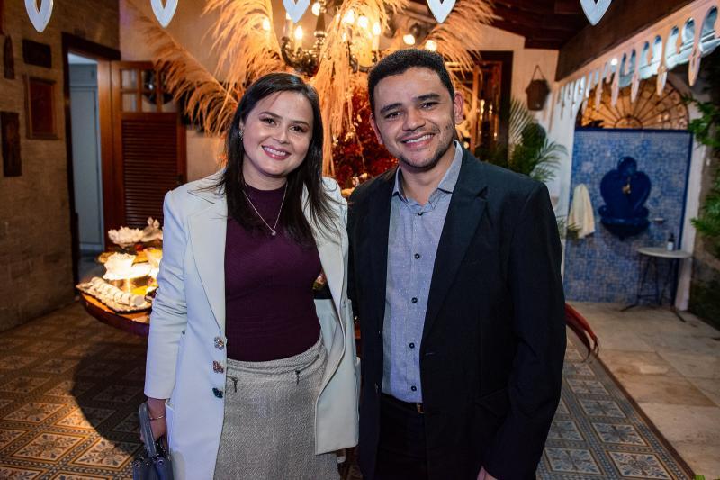 Renata Valetim e Rafael Costa