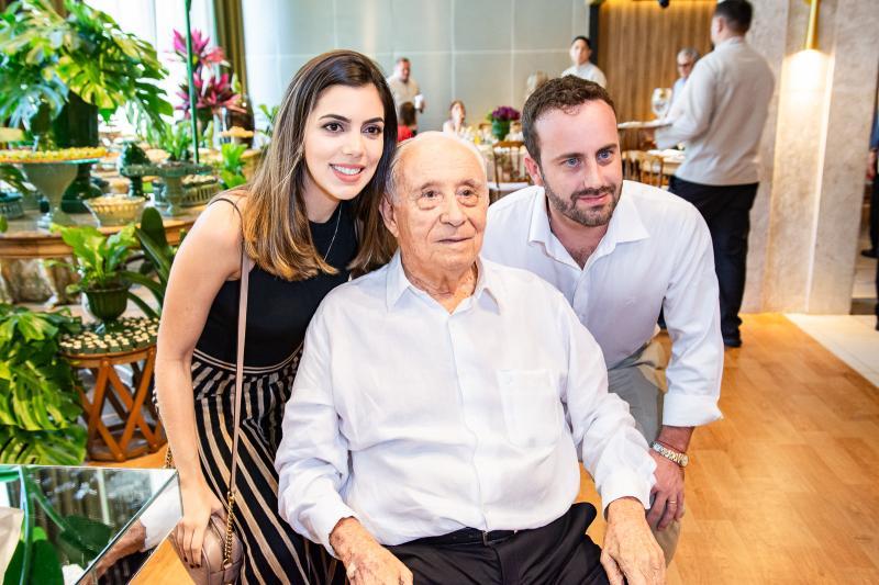 Carolina Bezerra, Adauto Bezerra e Diego Trindade
