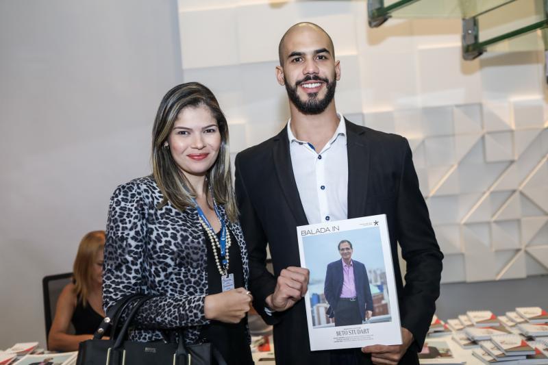 Daiana Godoi e Leo Caetano