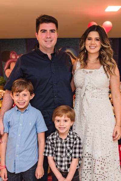 Henrique, Flavio, Bernardo e Marina Figueiredo
