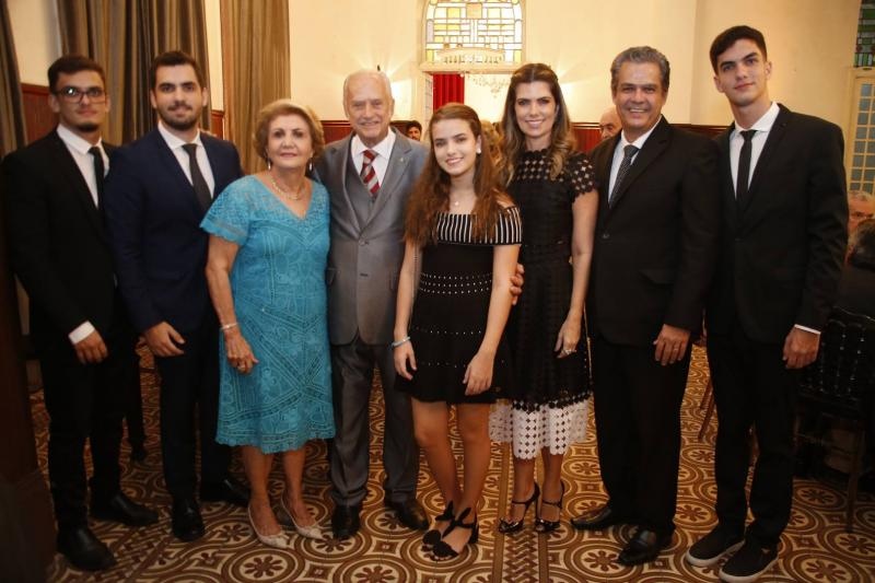 Lucas, Vicente, Ester, Paulo Barbosa, Inesinha, Ines, Vicente e Joao de Castro