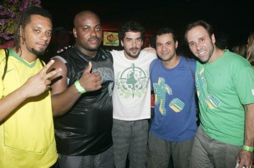 Gui, Maurao, Igor, Fabinho e Fred do Monobloco