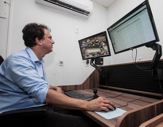 Camilo amplia ação do CPRaio e videomonitoramento a Acopiara