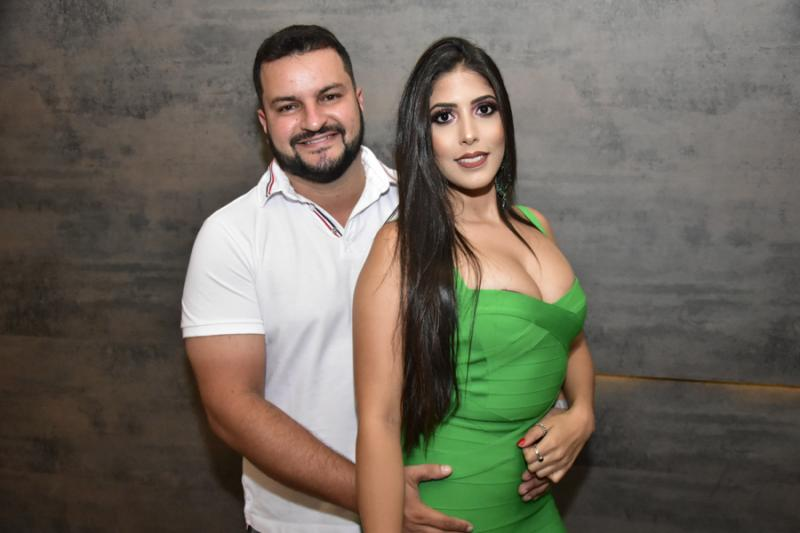 Yuri Weslei e Leticia Carvalho
