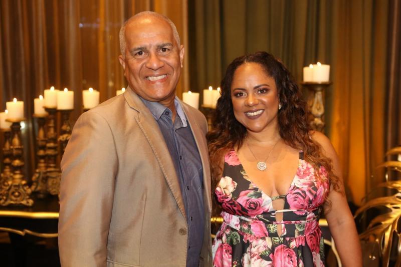 Romulo Hora e Monica Melo