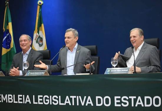 José Sarto comanda a celebração dos 30 anos da Constituição Estadual