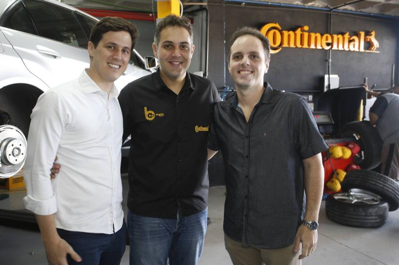 Thiago Aguiar, Bruno Bastos e Daniel Aragao