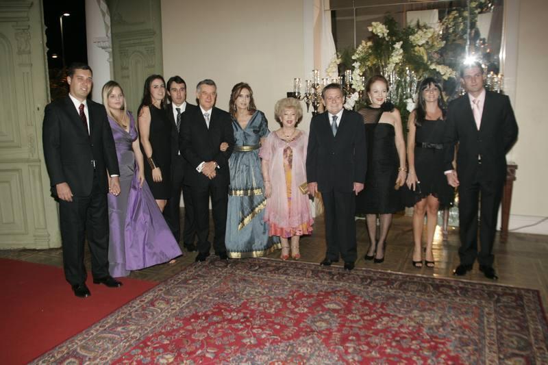 Yolanda, Ayrton e Celina Queiroz com a Familia de Valmir Campelo