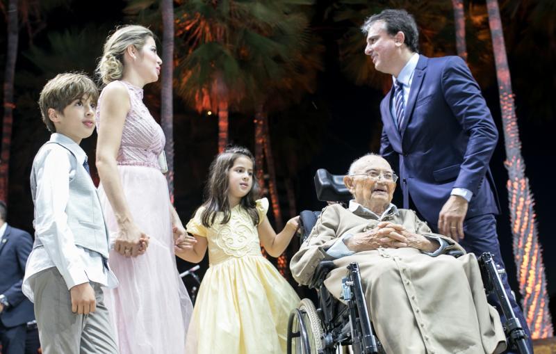 Pedro, Onelia e Luiza Santana, Padre Agio e Camilo Santana