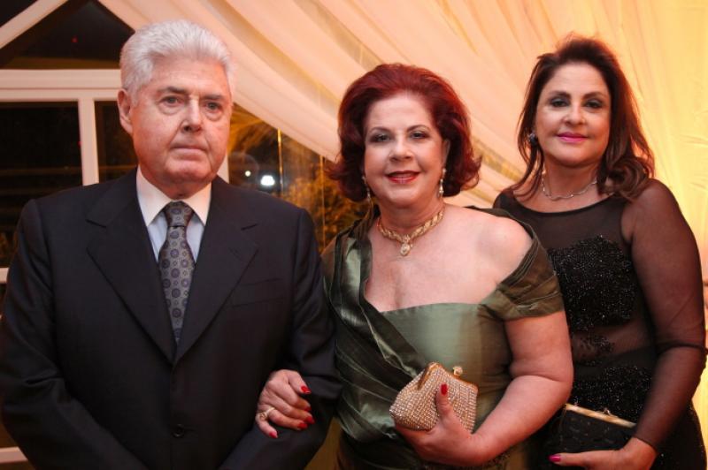 Lucio e Virginia Carneiro e Celina Fiuza