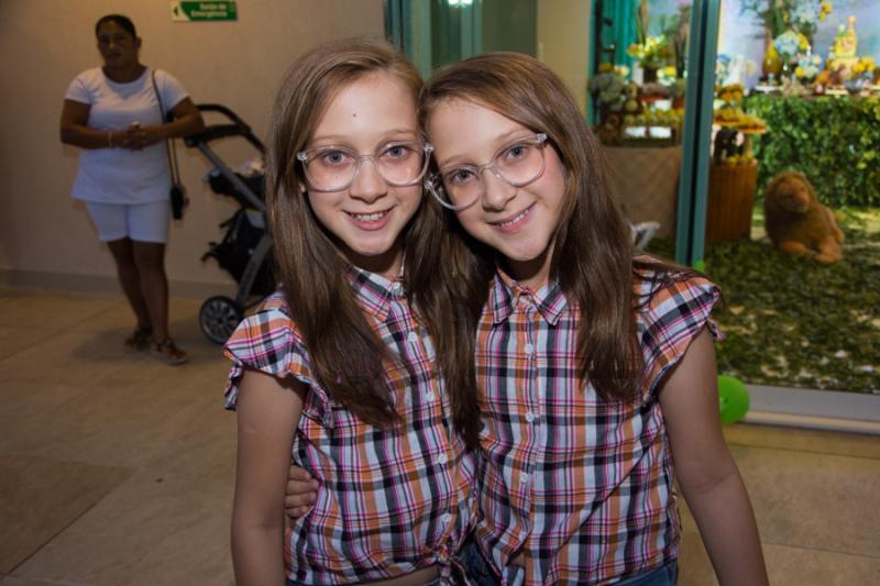Ana Livia e Maria Clara Penha