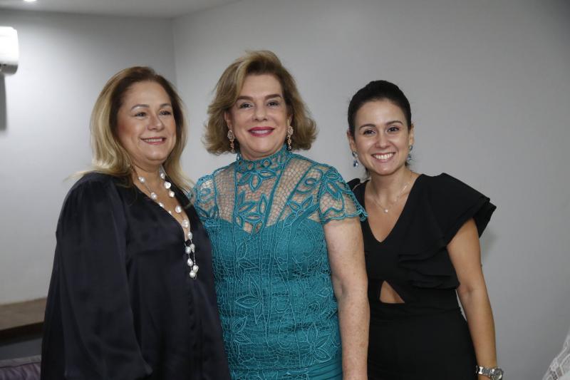 Sarinha Philomeno, Ana Maria Fiuza e Claudiana Leitao