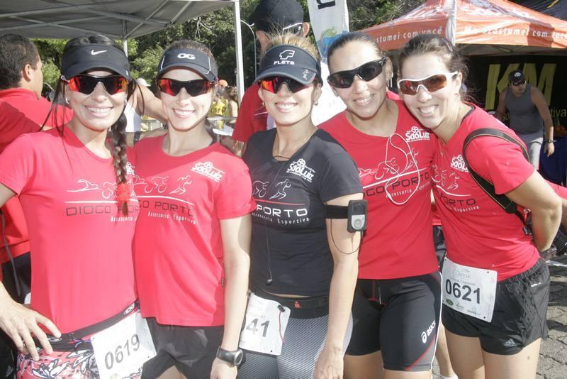 Teka Barreira, Jessica Oliveira, Leticia Studart, Raissa Barroso e Michelle Maia