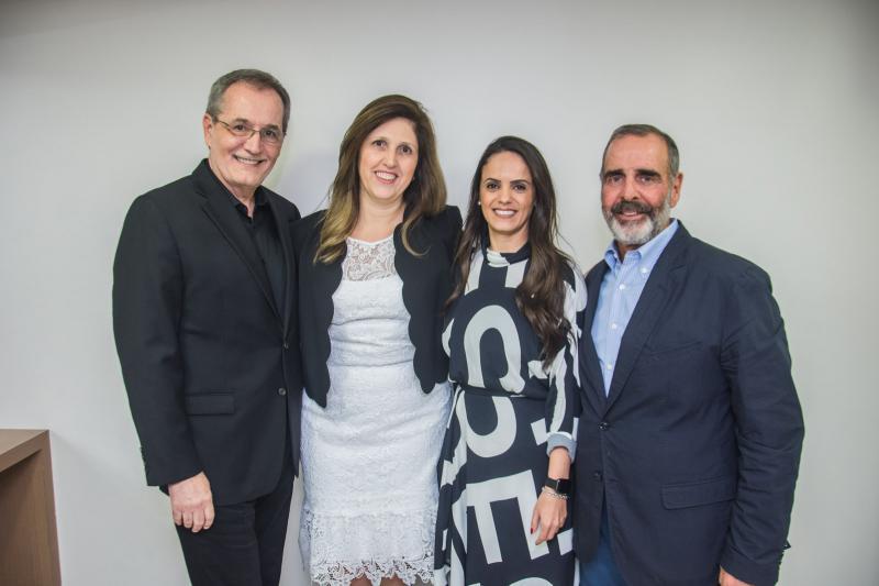 Walter Longo, Regiane Romano, Fabiana Mendes e Marcos Gouvea de Souza