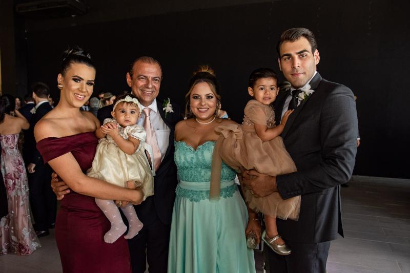 Skarlet Vasconcelos, Iolanda Dantas, Joceli Dantas, Bianca Dantas, Sofia Dantas e Ricardo Bastos