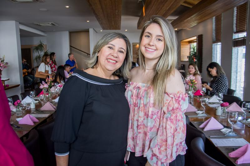 Soraia e Tayna Lomonaco