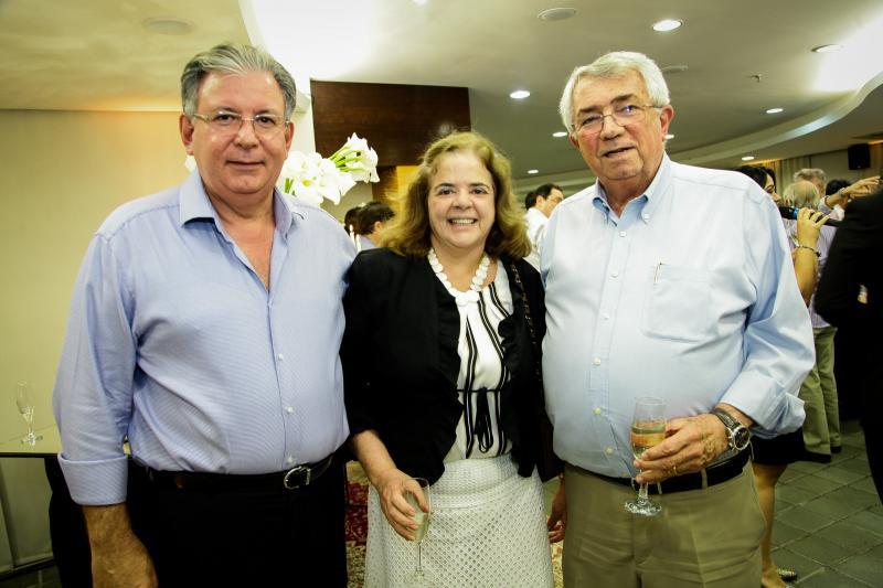 Ricardo Cavalcante, Roseane Medeiros e Roberto Macedo