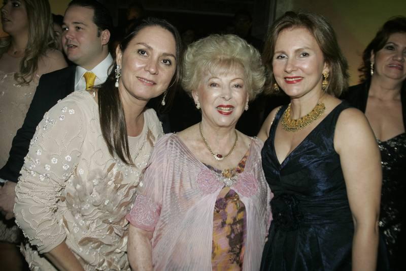 Paula Frota, Yolanda Queiroz e Renata Jereissati