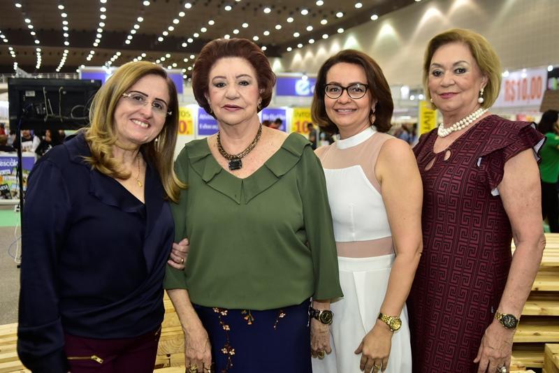 Edna Cavalcante, Maze Campos, lais Cavalcante, Lenilza Campos
