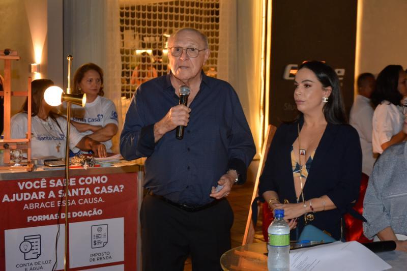 Luiz Marques e Roberta Philomeno