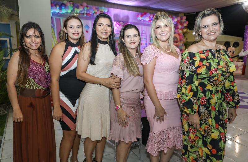 Isabel Gomes, Natalia Rodrigues, Vanessa Almeida, Ila Lima, Marina Santos e Madalena Tavares