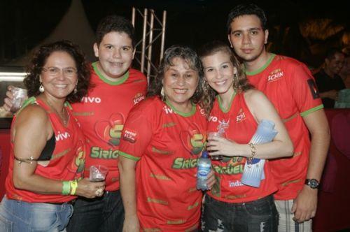 Claudinha Mustafa, Luiz Claudio, Angela e Isabelle Moraes e Adriano Molique