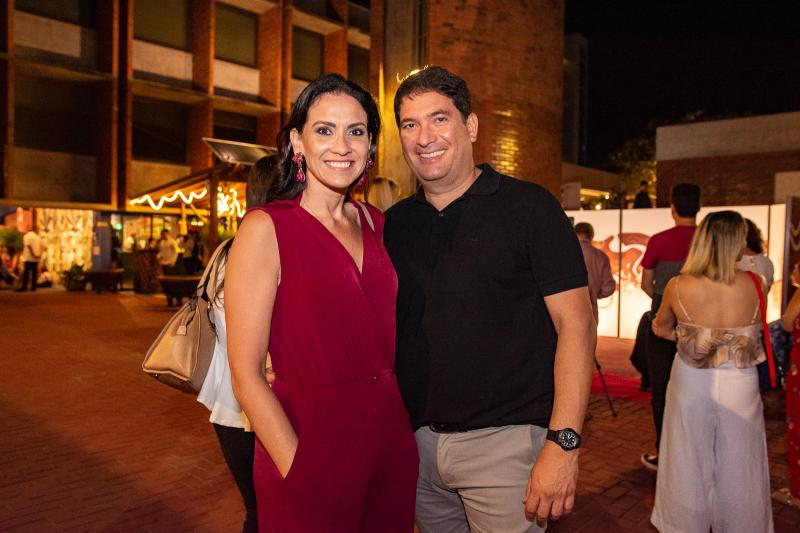 Luciana Carioca e Roberto Markan