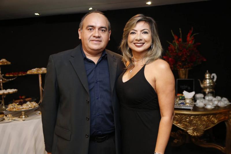 Marcelo Araujo e Josenira Guerra