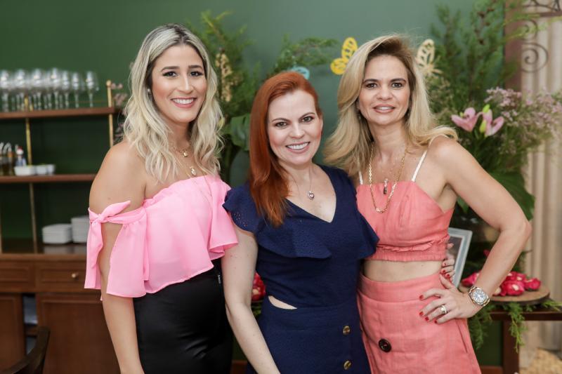 Tayrine Moura, Adriana Praxedes e Germana Cavalcante