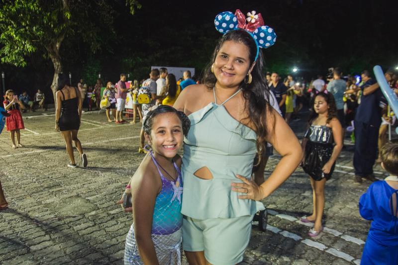 Larissa e Alice Menezes