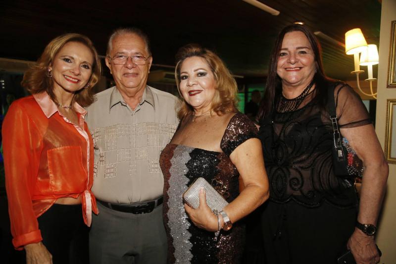 Jeissler Melo, Valdo Silva, Martinha Peixe e Silvia Campos